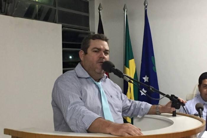 SERRA BRANCA: Para defender governo de Souzinha, Kléber Ribeiro deverá retornar à Câmara