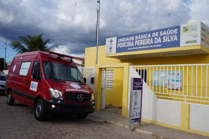 Com emenda de Efraim Filho, São Sebastião do Umbuzeiro recebe ambulância Modelo Samu