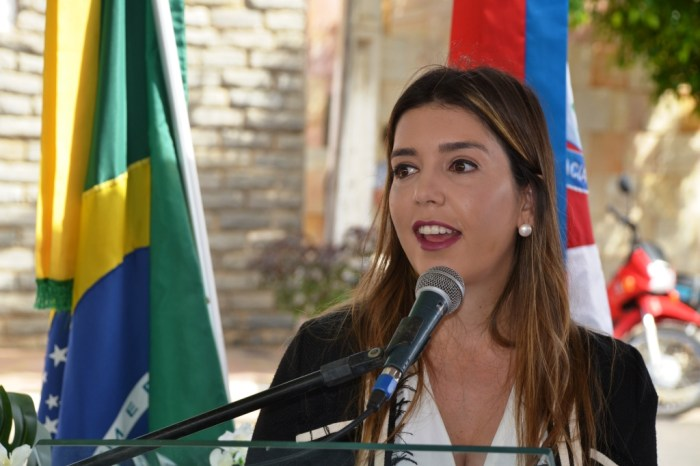 Prefeita Anna Lorena anuncia pedido de desfiliação do PSDB e deve anunciar filiação ao PSB