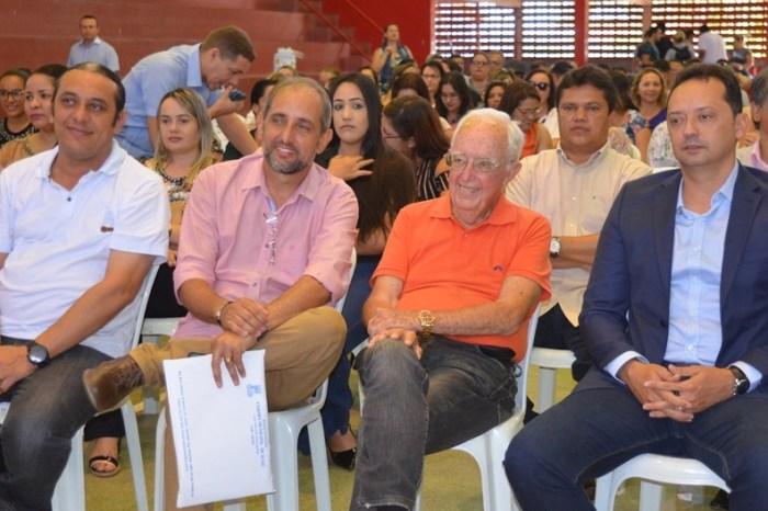 Prefeito Éden participa do encerramento da Jornada Pedagógica de Sumé