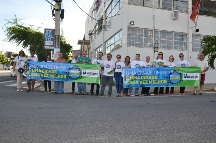 Secretarias Municipais se unem em Pitstop em prol da campanha Monteiro Cidade Limpa