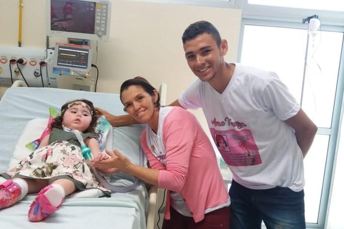 Criança caririzeira volta para casa após mais de 2 anos em hospital