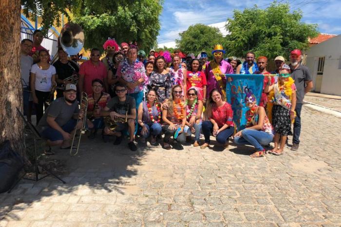 Equipe do Caps do município de Sumé realiza festa de Carnaval para usuários
