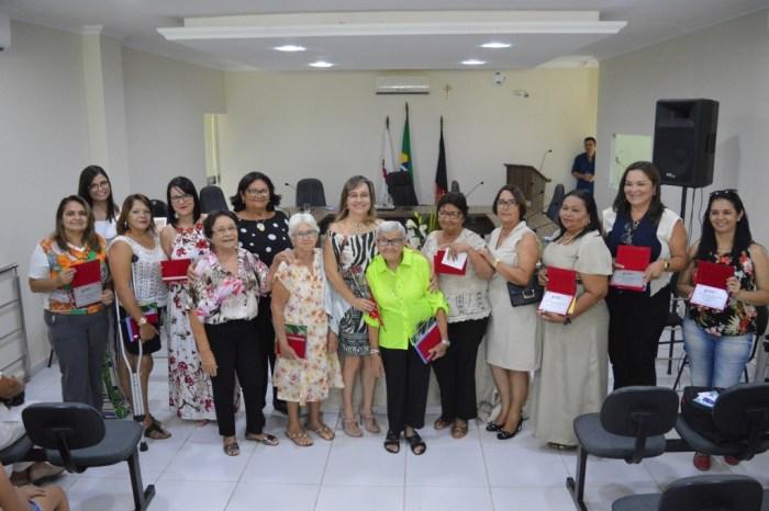 No Dia da Mulher: Prefeitura presta homenagem às mulheres sumeenses