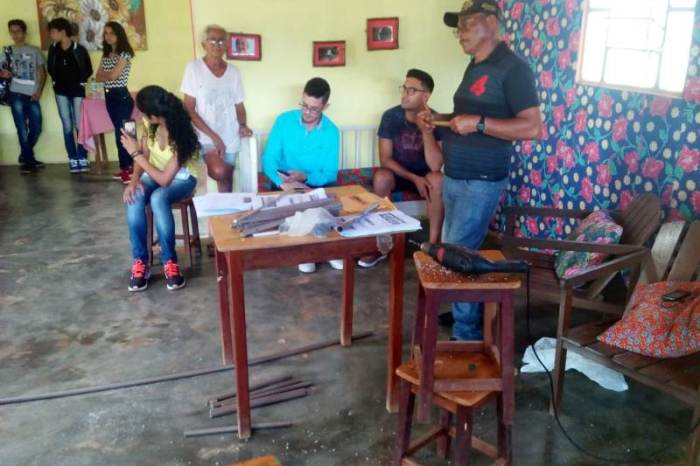 Alunos da Escola Municipal de S. S. do Umbuzeiro participa do 10º Festival Zabé da Loca
