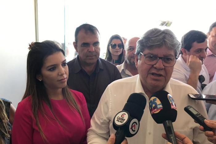 MOÍDOS DA REDAÇÃO: Governador assegura apoio a Anna Lorena: 'Política se faz com reciprocidade'
