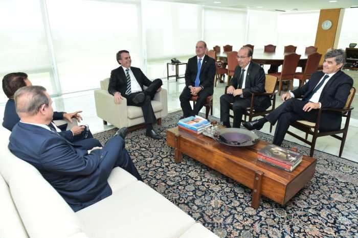 MOÍDOS DA REDAÇÃO: Wellington se reúne com Bolsonaro para discutir Reforma da Previdência