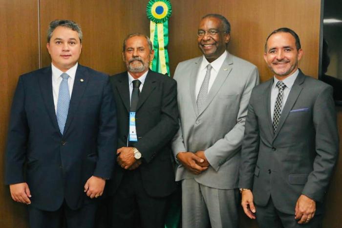 Em Brasília, prefeito Adriano Wolff se reúne com presidente do FNDE, Carlos Decotelli