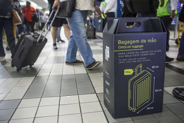 Aprovado o fim da cobrança por despacho de bagagem em voos