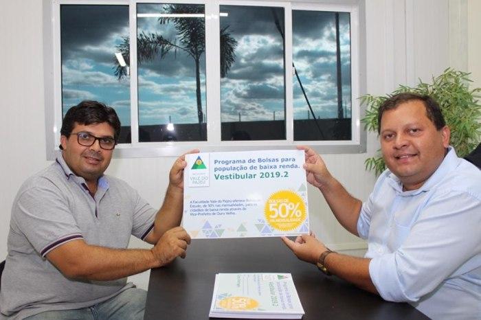 Prefeitura de Ouro Velho fecha parceria com faculdade e garante desconto em vários cursos