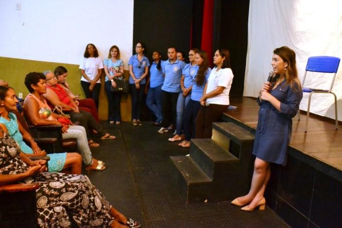 Em manhã de emoções, CAPS I comemora dia das mães ao lado da prefeita Anna Lorena