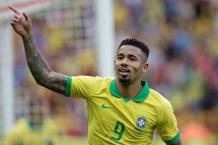 Brasil cumpre papel e atropela Honduras por 7 a 0