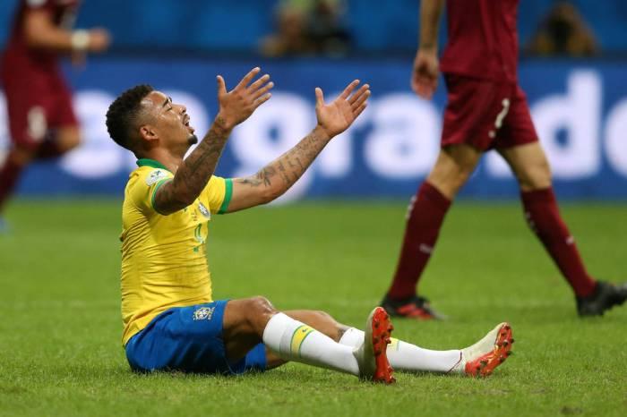 VAR anula dois gols, Brasil só empata com a Venezuela