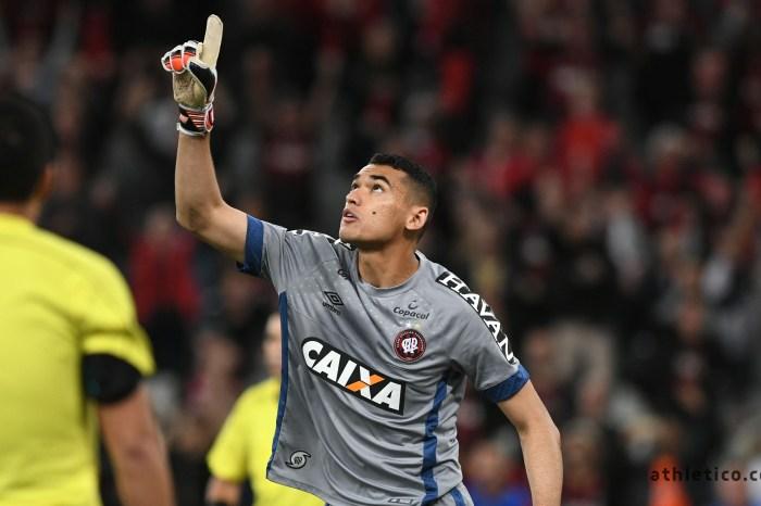 Final da Copa: um telão será montando em frente à casa do goleiro Santos em Cabaceiras