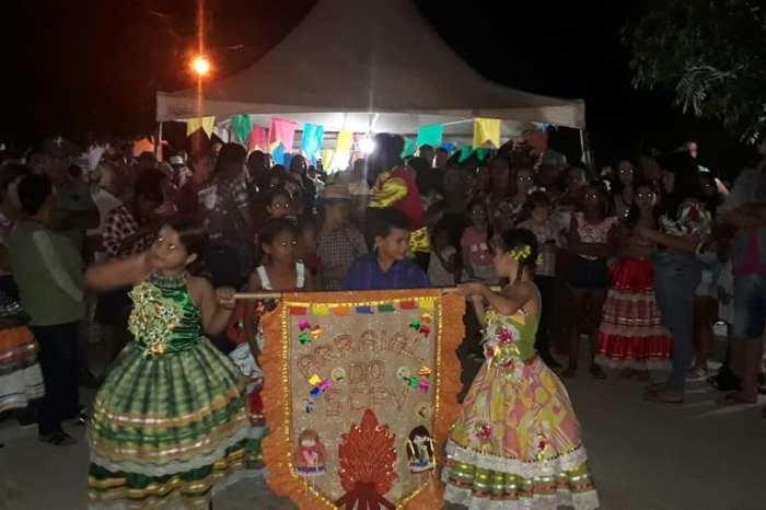 """""""Arraiá da Ação Sociá"""" é promovido na cidade de Camalaú e bate recorde de público"""