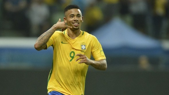 Gabriel Jesus provoca Aguero e diz querer zoar colega após Copa