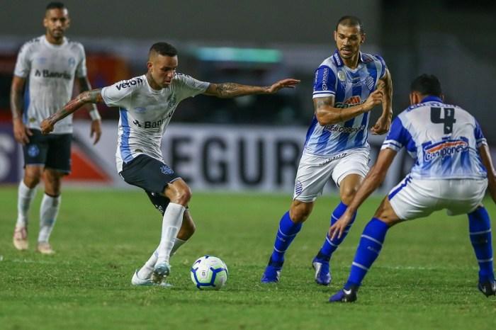Grêmio empata com CSA em jogo cheio de erros