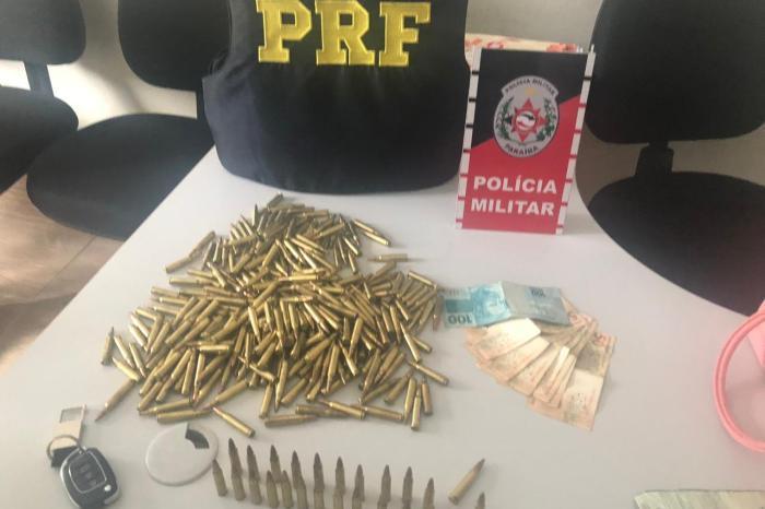 Trio é preso com munições de fuzil escondidas em carro, na PB