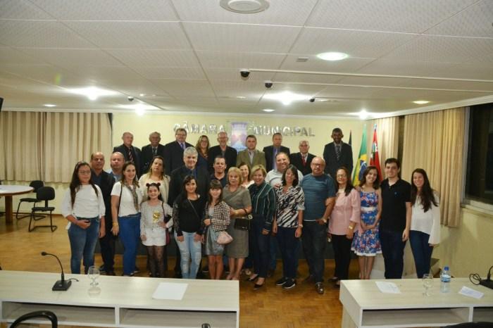 Homenagens e emoção marcam sessão desta quinta-feira na Câmara Municipal de Monteiro