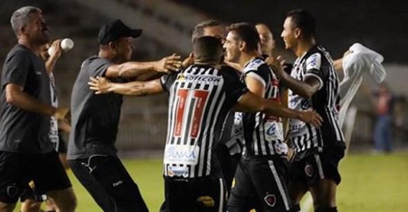 Botafogo-PB vence e volta a acreditar em classificação