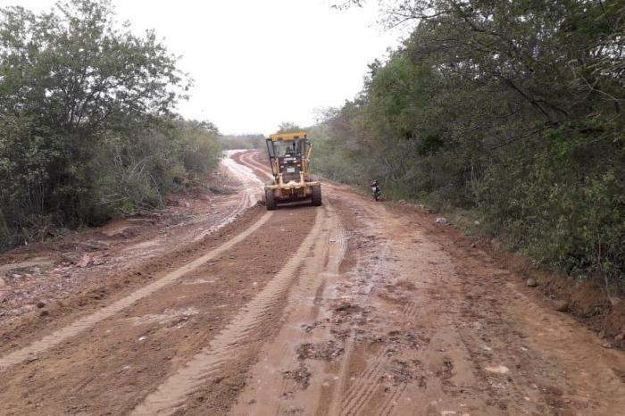 Com recursos próprios, Prefeitura de SS do Umbuzeiro realiza recuperação da PB 264
