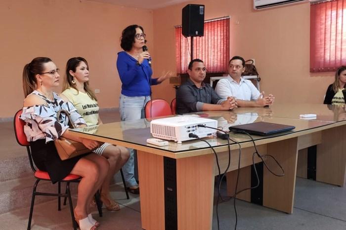 Centro de Referência da Mulher de Sumé discute atendimento no Cariri