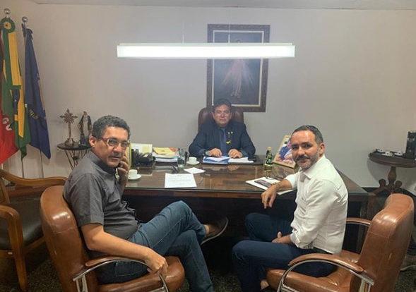 Prefeito de São Sebastião do Umbuzeiro participa de audiências com Secretários do Estado