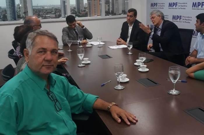 Vice-prefeito de Sumé participa de reunião sobre a Transposição do Rio São Francisco