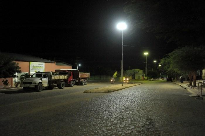 Começa reposição de lâmpadas de vapor de sódio pelas lâmpadas de LED em Monteiro