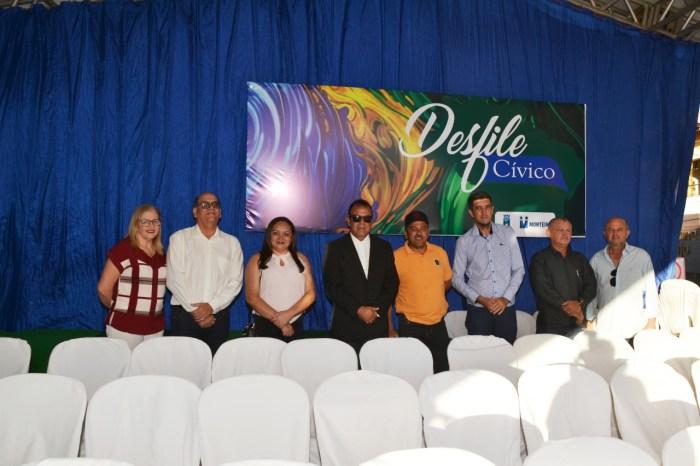 Celecileno Alves parabeniza todos os participantes dos desfiles cívicos de Monteiro