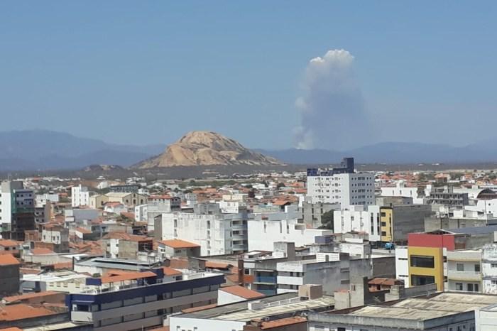 Incêndio de grandes proporções atinge cidade do Sertão