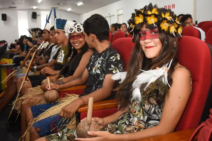 Estudantes participam do Encontro Estadual do Se Sabe De Repente