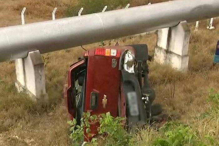 Jovem morre após carro capotar e colidir com tubulação em estrada no Cariri