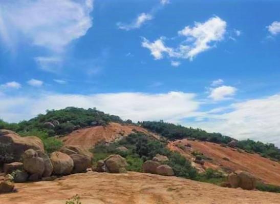 Lage das Moças, em Monteiro, recebe Circuito Som nas Pedras neste sábado