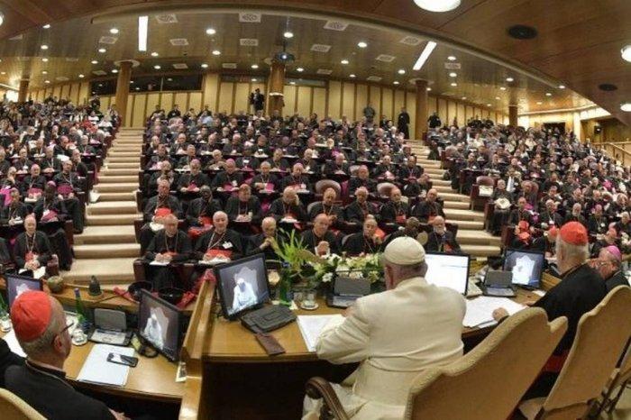 Sínodo propõe ordenação de homens casados como padres