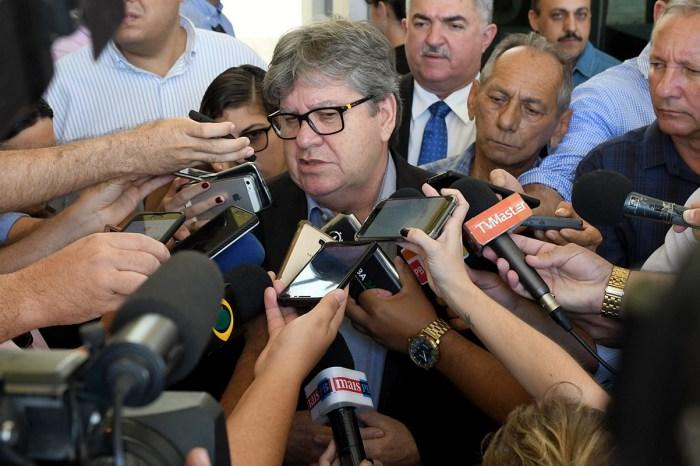 Governo determina intervenção nos dois hospitais envolvidos na Calvário