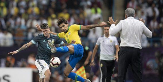 Brasil perde para Argentina e a situação do técnico Tite se complica