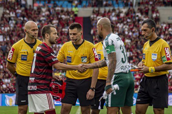 Duelo entre Palmeiras e Flamengo terá torcida única