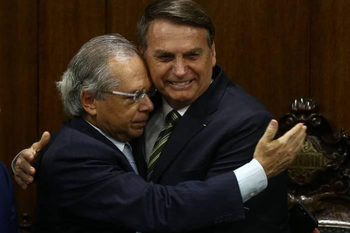 Pacote de Bolsonaro e Guedes propõe reforma radical do Estado