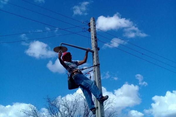 """Programa """"Mais Luz no Campo"""" chega às comunidades de Mulungu, Bredos e Riacho Verde"""