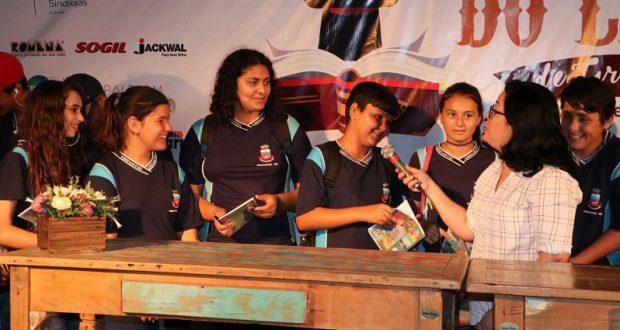 Troca de cartas entre alunos de São Domingos do Cariri e Gravataí vira livro