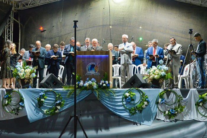 Presidente da Câmara de Monteiro parabeniza organização da 19ª Cruzada Evangelística