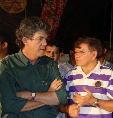MOÍDOS DA REDAÇÃO: Sem chances com João Azevedo, grupo Henrique poderá se unir ao socialista Ricardo