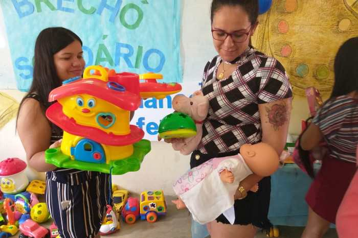 Assistência Social promove Brechó Solidário para famílias do Programa Criança Feliz