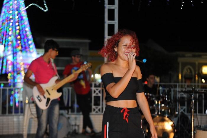 Programação de fim de ano em Monteiro atrai população e turistas no Natal com Música