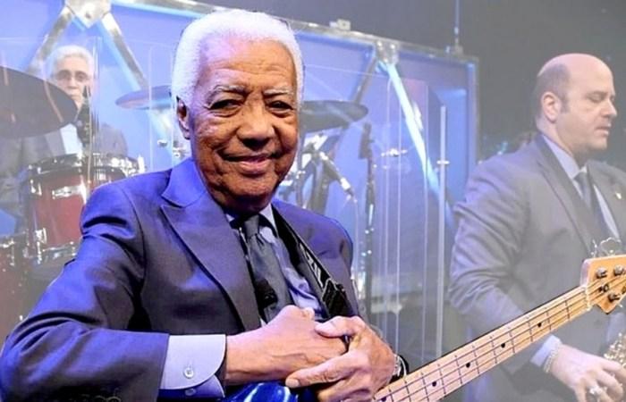 Morre Bira, baixista do programa do Jô Soares, aos 85 anos