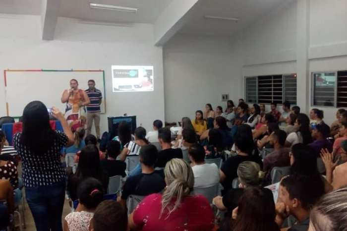 Paraíbatec realiza aula inaugural de cursos profissionalizantes em Sumé