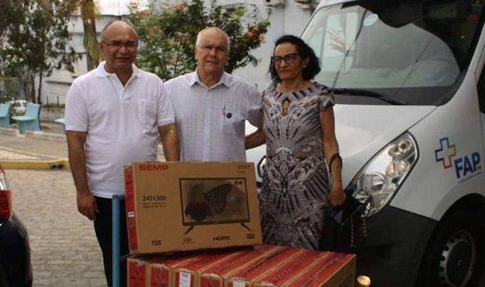 Paróquia de cidade do Cariri faz doação ao Hospital da FAP, em Campina Grande