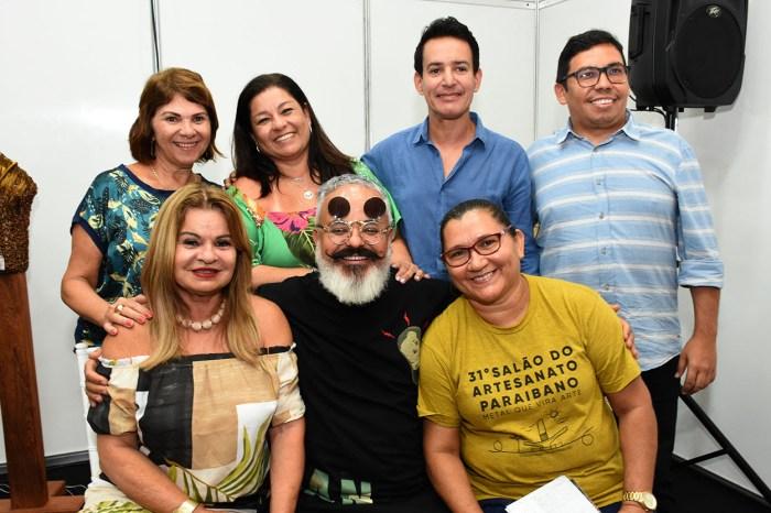 Ronaldo Fraga diz que aguarda com expectativa desfile de peças em renda do Cariri
