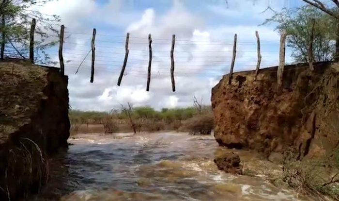 Fortes chuvas provocam cheias em rios e rompimento de barragem no Cariri